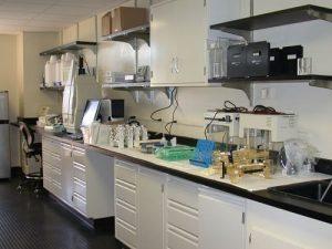 Bàn thí nghiệm cho phòng thí nghiệm hóa sinh