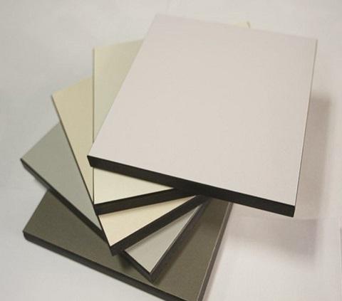 Đánh giá bề mặt bàn thí nghiệm nhựa Phenolic