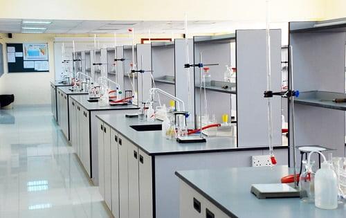 Cách lựa để chọn một đối tác sản xuất bàn thí nghiệm đáng tin cậy