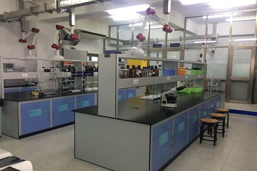 Bàn thí nghiệm nhựa Epoxy đen chịu nhiệt độ cao phòng nghiên cứu