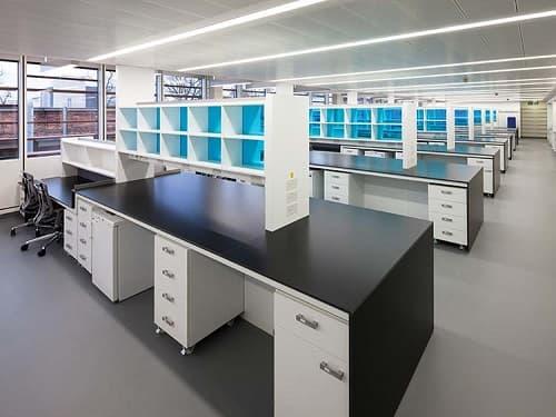 Cách thiết kế bố cục phòng thí nghiệm tối ưu