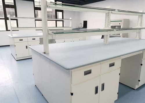 Nội thất cần thiết cho phòng thí nghiệm mới