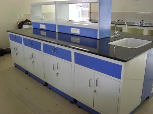 Bàn thí nghiệm trung tâm kháng ẩm và hóa chất độc hại